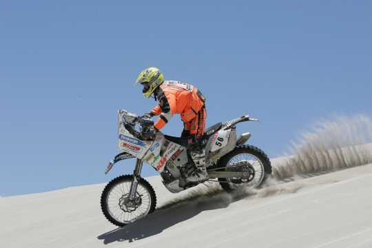 fb_Dakar2011_AnnieSeel_action1