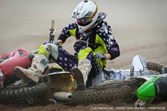 fb_110814_mx-sm_finspang_Startkrasch_MX1-2